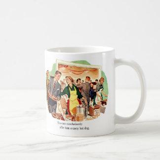 Retro Vintage Kitsch Dating 'Offer Him a Hot Dog' Coffee Mug