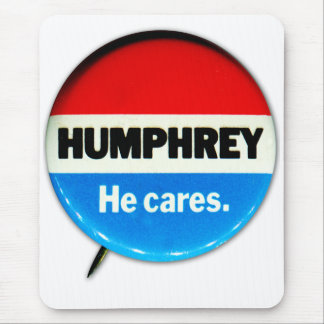 Retro Vintage Kitsch Humphrey 'He Cares' Button Mouse Pad
