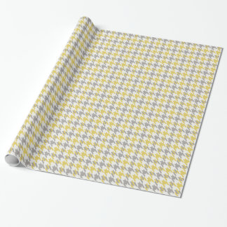 Retro yellow and grey houndstooth plaid pattern