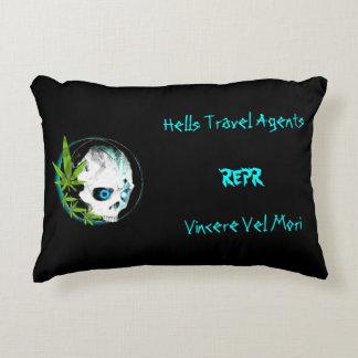 Reversible Multi-Color Pillow (REPR)