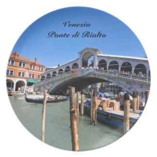 Rialto Bridge in Venice, Italy Plate