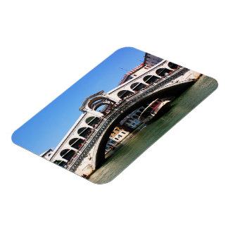 Rialto Bridge in Venice Magnet