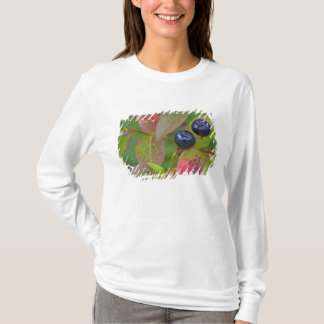 Ripe huckleberries in the Flathead National T-Shirt