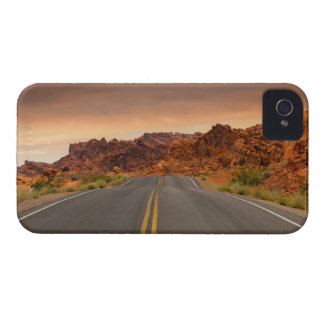 Road trip sunset Case-Mate iPhone 4 cases