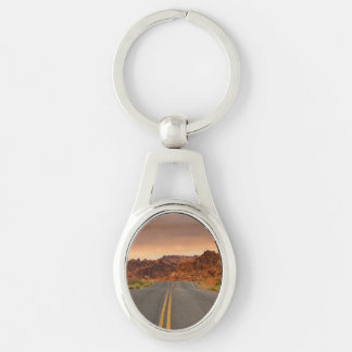 Road trip sunset Silver-Colored oval keychain