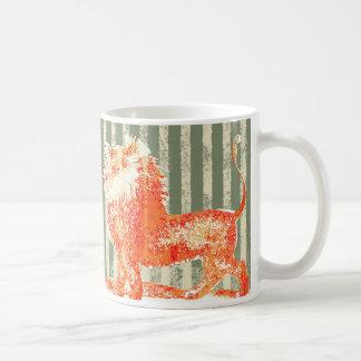 Roaring lion engraving with retro treatment coffee mugs