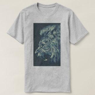 Roaring waves T-Shirt