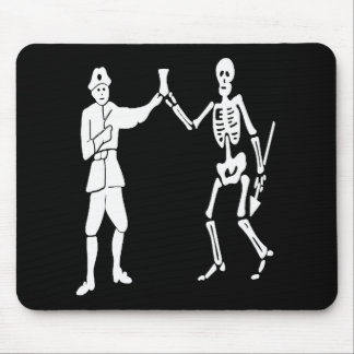 Roberts pirate flag mouse pad