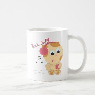 Roche sur le chiot mug