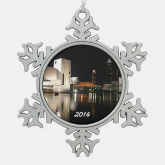 Rock n' Roll Hall of Fame, Cleveland Snowflake Snowflake Pewter Christmas Ornament