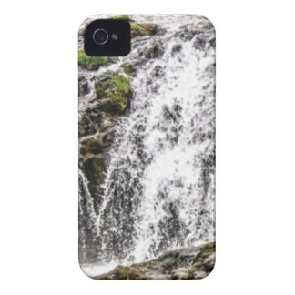 rocks fall over the falls iPhone 4 Case-Mate case