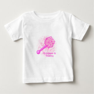 Roleplayer dans le rose s'exerçant tee-shirt