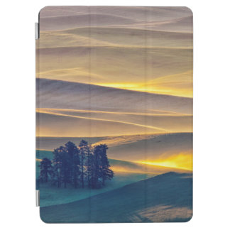 Rolling Hills of Wheat at Sunrise   WA iPad Air Cover