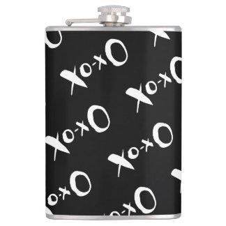 Romantic black and white XOXO pattern Hip Flask