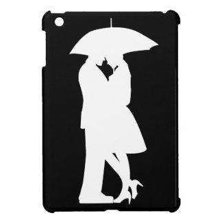 Romantic Couple Under Umbrella iPad Mini Case