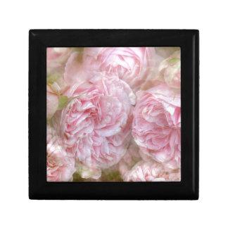 Romantic roses - novel TIC Roses Gift Box