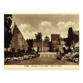 Rome, Pyramid and St Paul's Gate Postcard