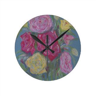 Rose Bouquet Round Clock