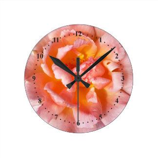 rose in autumn round clock