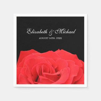 Rose rouge et mariage personnalisé par noir serviette en papier