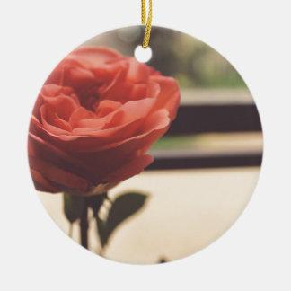 rose round ceramic ornament