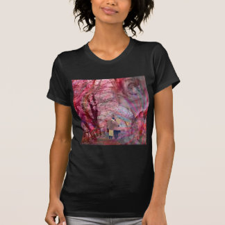 Roses grow with love. T-Shirt