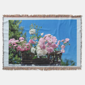 ROSES THROW BLANKET