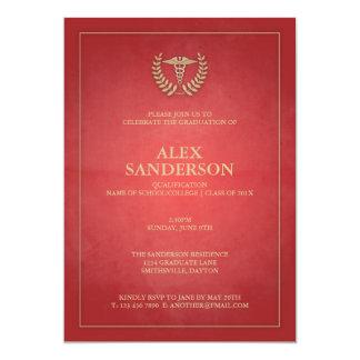 Rouge classique et obtention du diplôme médicale carton d'invitation  12,7 cm x 17,78 cm