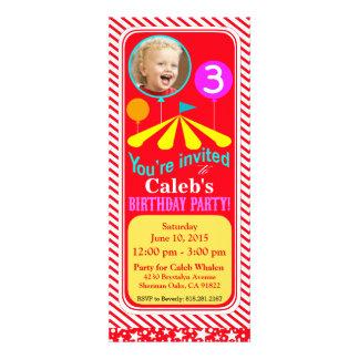 Rouge de la fête d'anniversaire d'amusement de pho cartons d'invitation personnalisés