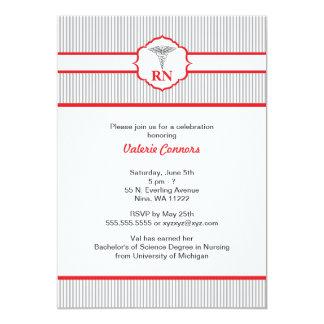 Rouge et gris d'obtention du diplôme de RN BSN LPN Carton D'invitation 12,7 Cm X 17,78 Cm