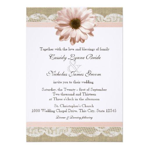 Rougissent mariage de dentelle et de toile de jute invitation personnalisée