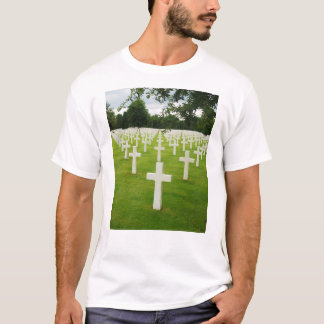 Row of Headstones Arlington National Cemetery T-Shirt