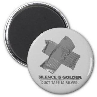 ruban adhésif - la parole est d'argent le silence  aimant