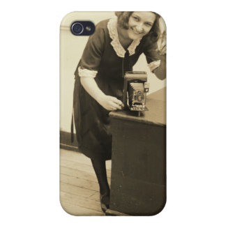 Rubenstein with Folding Camera i iPhone 4/4S Covers