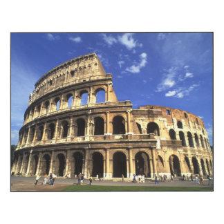 Ruines célèbres du Colisé à Rome Italie