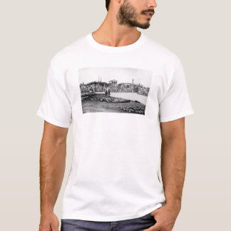 Ruins in front of the Capitol in Richmond, 1865 T-Shirt