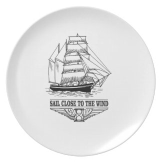 rule sail close to the wind party plates