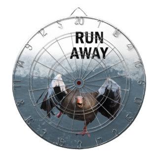 Run away dartboard