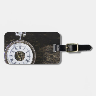 Run before time luggage tag
