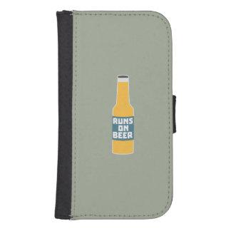 Runs on Beer Bottle Zcy3l Samsung S4 Wallet Case