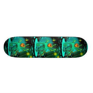 "RUSS ALIEN CARTOON Skateboard 7¾"""