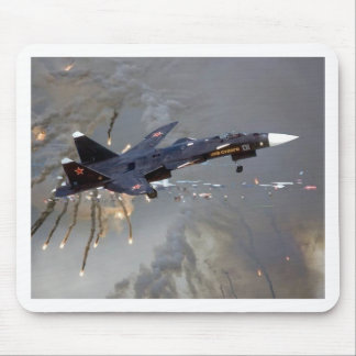 RUSSIAN SUKOI SU-35 DROPPING FLARES MOUSE PAD