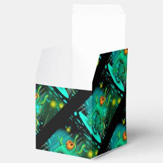RUSSS ALIEN CARTOON Classic 2x2 Favor Box