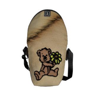 Rustic Daisy Bear Design Commuter Bag