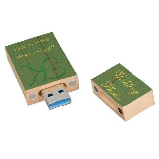 Rustic Green Barn Wood Wedding Photo Wood USB 3.0 Flash Drive