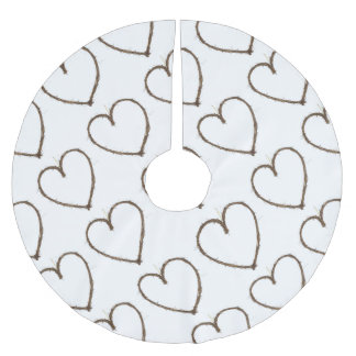 rustic heart brushed polyester tree skirt