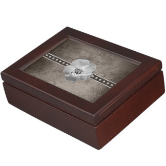 Rustic Plaid Flower Keepsake Box