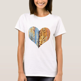 Rusty cracked heart T-Shirt