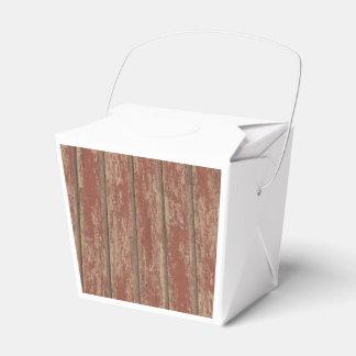 Rusty Weathered Board Favor Box