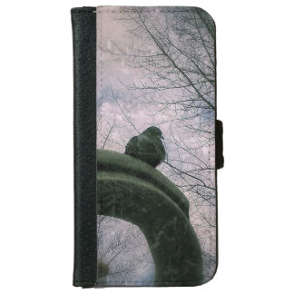 Sad pigeon iPhone 6 wallet case